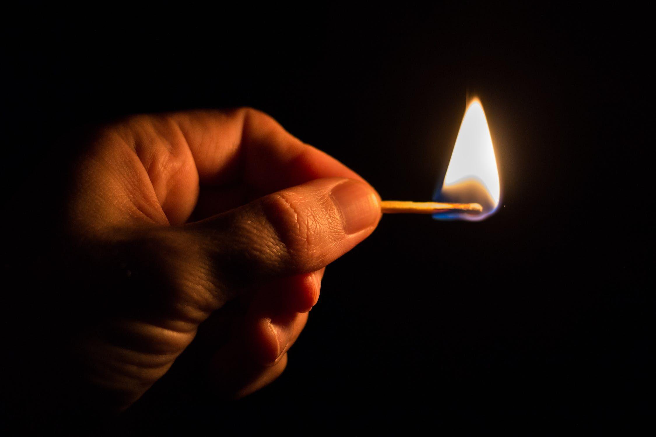 energy-of-technology-consumption-light-159466.jpeg